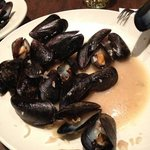 mussels & garlic