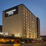 Exterior of DoubleTree Suites Minneapolis