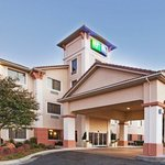 Photo de Holiday Inn Express Oklahoma City Airport - Meridian Avenue