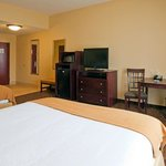 Foto van Holiday Inn Express Hotel & Suites Selma