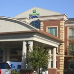 Foto van Holiday Inn Express Hotel & Suites Memphis Germantown