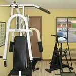 Oak Tree Inn Irvine KYExercise Room