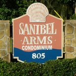 Sanibel Arms Condominiums resmi