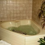 Whirlpoolpool tub that actually WORKED!