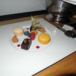 The plate of treats in our room when we first came in.