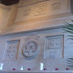 Masonic iconography in the Mason's Restaurant