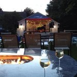 Love the fire pit and live entertainment!