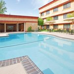 Rancho Cordova Sacramento Hotel Swimming Pool