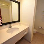 Φωτογραφία: BEST WESTERN Concord Inn & Suites