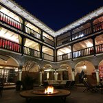 El Mercado Hotel - Nightlife