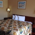 Photo de Americas Best Value Inn - Tulsa West (I-44)