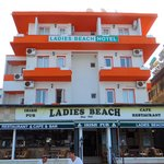 Ladies Beach Hotel resmi