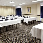 Spacious 1/2 Meeting Room