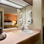 Days Inn & Suites Stevens Point의 사진