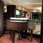 Pianist at the lobby floor
