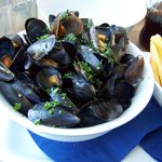 BIG BOWL MUSSELS