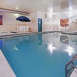 CountryInn&Suites Chambersburg Pool