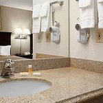 Фотография Days Inn and Suites Rancho Cordova