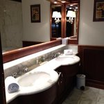 mont blanc suite bathroom