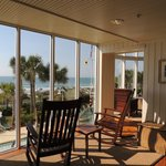 Фотография Hampton Inn & Suites Myrtle Beach Oceanfront Resort
