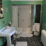Trade Winds Suite - Bathroom