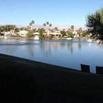 Photo de The Chateau at Lake La Quinta