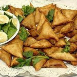 Chicken, Mutton or Vegetable Samosas