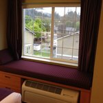 Photo de GuestHouse Inn & Suites Elma