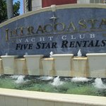 Residences at Intracoastal Yacht Club resmi