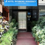 Hotel Richmond Residency F
