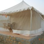 The Chirag Desert Camp resmi