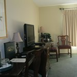 Meadowbrook Inn & Suites의 사진