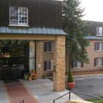 Foto van Meadowbrook Inn & Suites