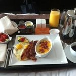 star service breakfast on the room service menu...fantastic (those are grits on the side)
