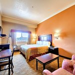 Econo Lodge Inn and Suites resmi