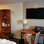 Photo de Premier Inn Bristol South