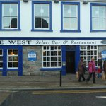 Photo de The West Bar and Restaurant