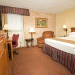 Photo de Drury Inn & Suites San Antonio Northeast