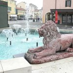 Fountains and Mirano lion