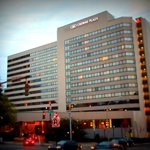 Photo de Crowne Plaza White Plains Downtown