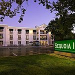 Sequoia Inn Hanford