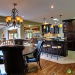 Country Kitchen Dining Lounge