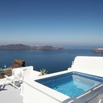Honeymoon Suite / Private outdoor heated Jacuzzi