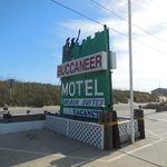 Photo de Buccaneer Motel & Beach Suites