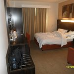 Photo de Holiday Inn Express Dubai - Safa Park