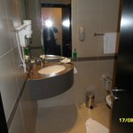 Holiday Inn Express Dubai - Safa Park Foto