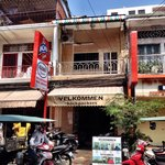 Velkommen Backpackers resmi