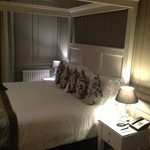 The Vicarage Suite room