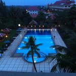 Royal Angkor Resort & Spa, swimming pool by night