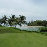 Golf with beach view